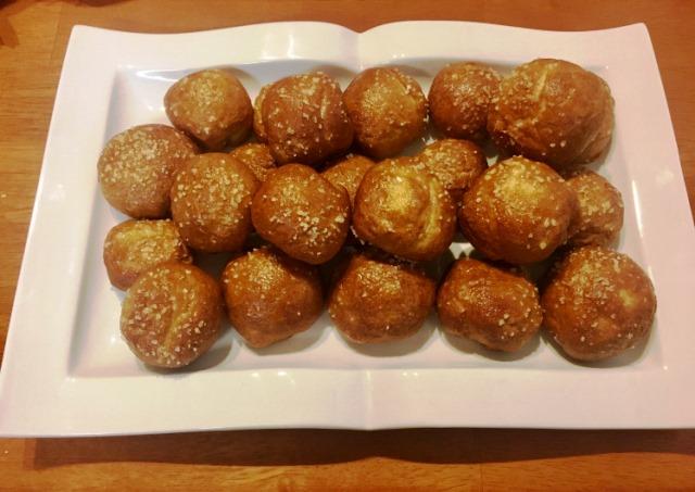 outlanderkitchen-pretzel-balls